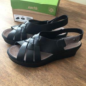 Earth Shoes Sunflower platform sandal 9 NIB/NWT